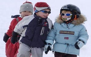 Children should be encouraged to go outside during winter, experts say