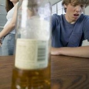 High levels of drinking leads to liver problems in young adults