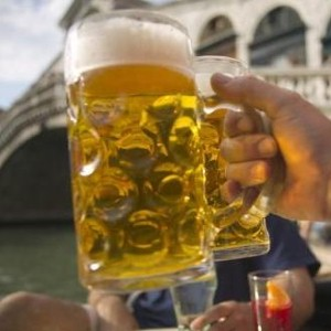 Moderate drinking may be tied to breast cancer risk, study finds